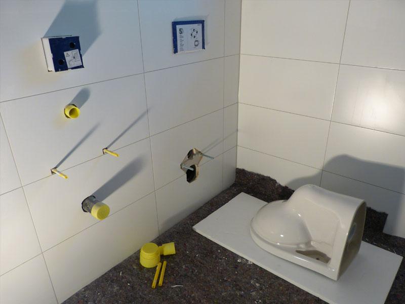 Sanitärobjekte  KW 18 - Sanitärobjekte, Außenputz, Maler, Elektro, Treppe, Boden ...