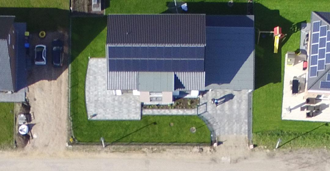 terrassengestaltung wpc holz oder pflastern suckf ll bautagebuch aus dem solardorf in. Black Bedroom Furniture Sets. Home Design Ideas
