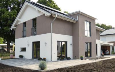 Gartengestaltung: Pflasterung Einfahrt & Terrasse